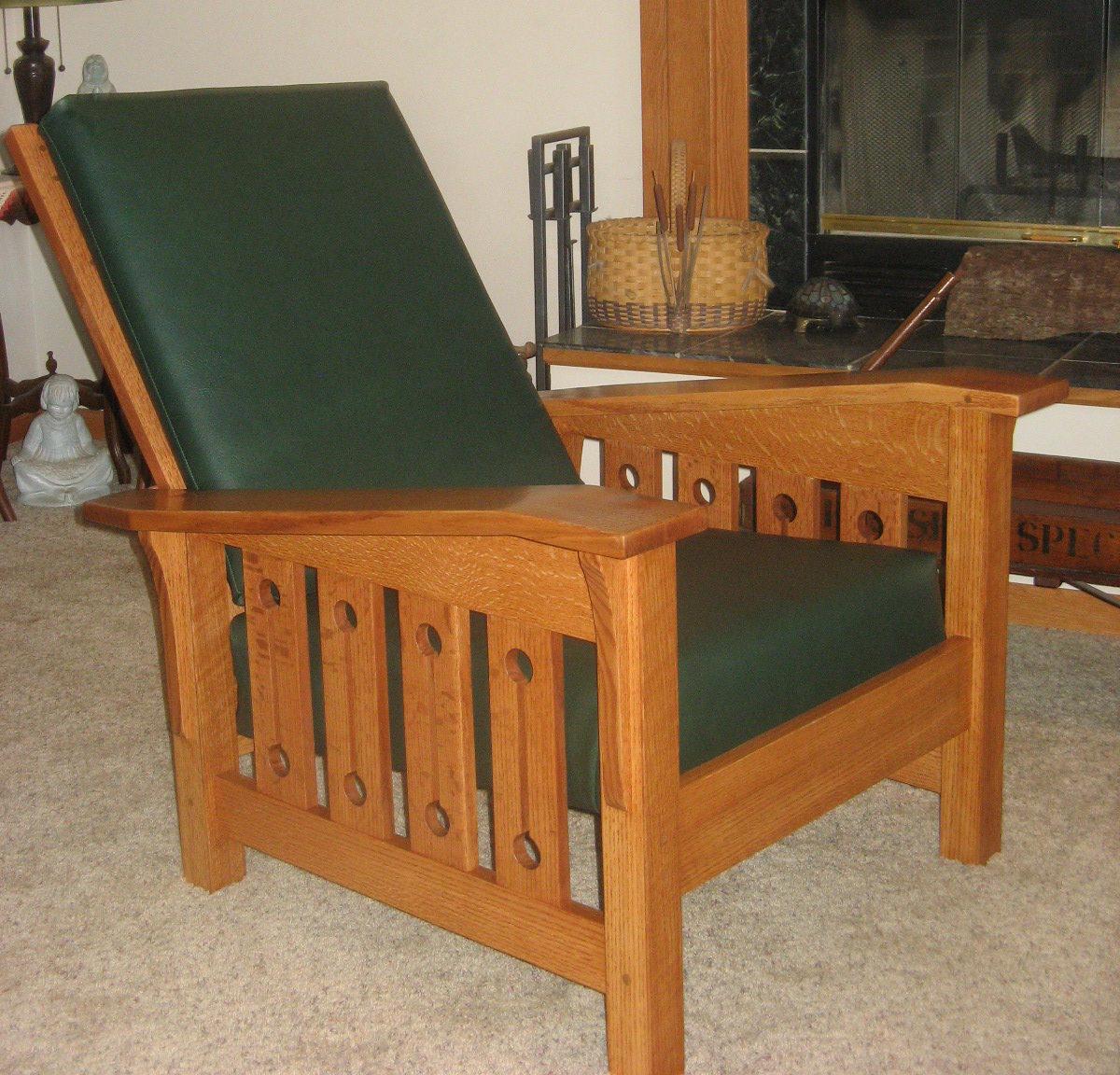 Morris Chair in Quartersawn Red Oak