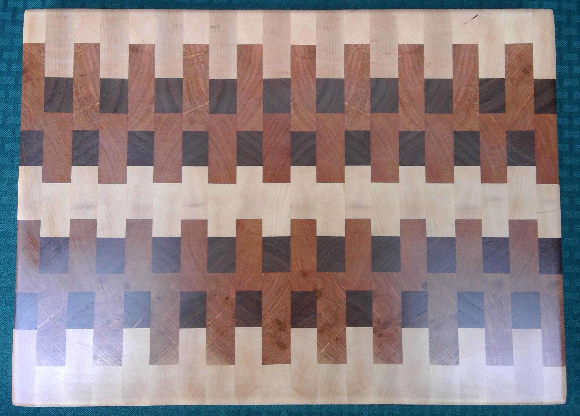 Cutting Board in Walnut, Maple and Cherry